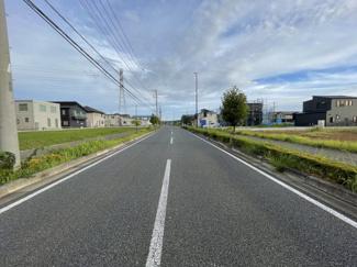 【前面道路含む現地写真】市原市うるいど南 売地 JR内房線「八幡宿駅」