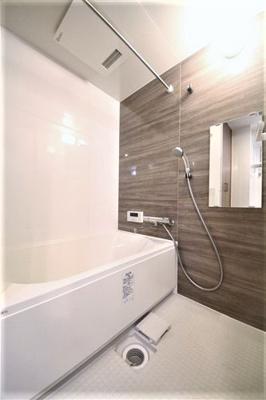 【浴室】和宏一輝