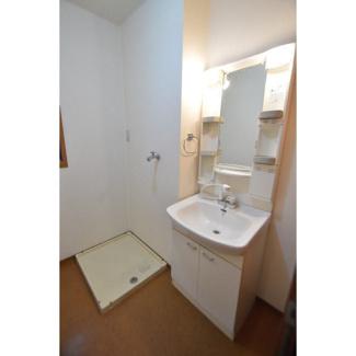 シャワーヘッド・室内洗濯機置き場