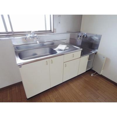 【キッチン】コーポ六亀