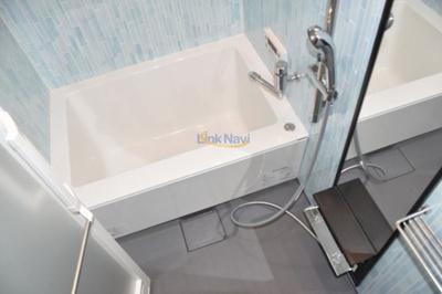 【浴室】ファーストフィオーレ阿波座アクア