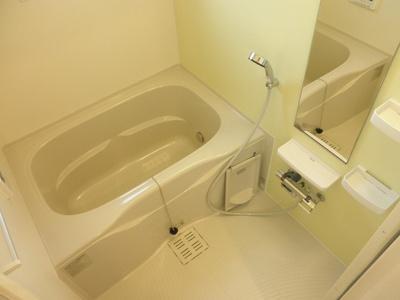 【浴室】カラーリヴァー H&A