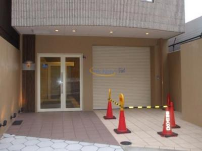 【エントランス】ジラソーレ本町通