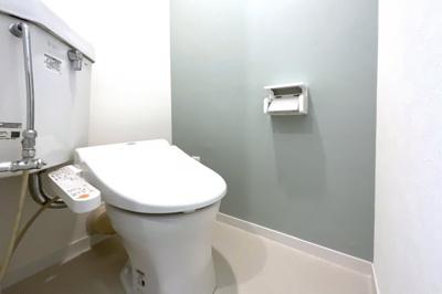 【駐車場スペース】駐車場7台分のスペース※駐車場等の空き状況は都度要確認《50cc以下のバイク:3000円/年》