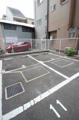 【駐車場】ドゥーエ本庄