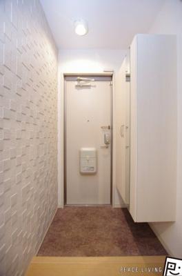 【玄関】ホワイトバードIIA棟