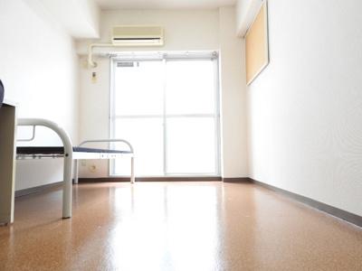 【居間・リビング】ビバハウスレディースマンション
