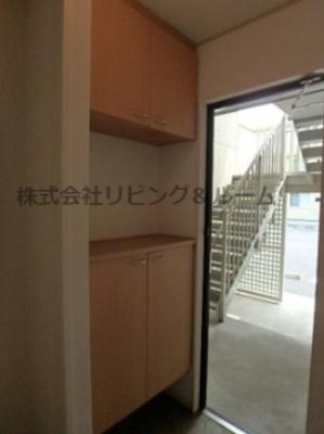 【玄関】グランシャリオ・D棟