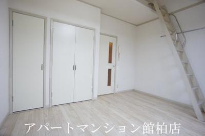 【居間・リビング】シーザースパレスⅡ
