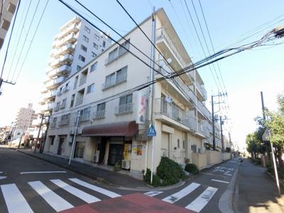 総戸数36戸、昭和51年11月築、自主管理物件です。