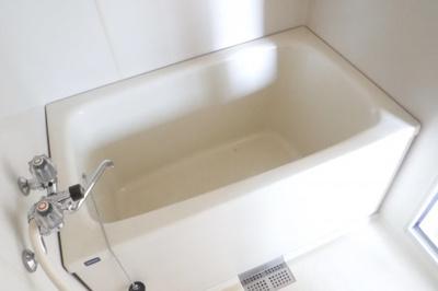 【浴室】ホワイトハウス