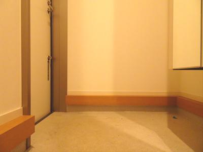 【玄関】ラメール明大前