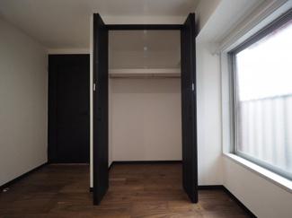 2021年9月17日撮影 ウォークインクローゼット付きのお部屋ですので、お部屋をすっきりと保てます。