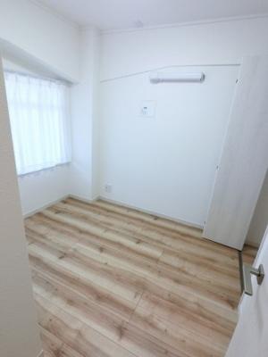 4.0帖の洋室は主寝室にいかがでしょうか。