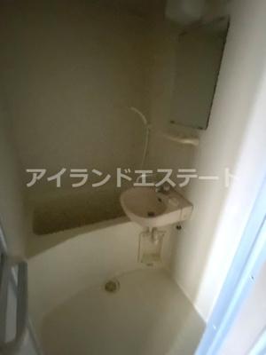 【浴室】シャンテ三宿 ペット相談可 バストイレ別 室内洗濯機置場