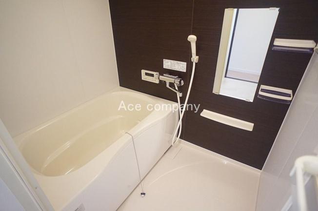 ユニットバス・浴室乾燥機・給湯器、新調です☆