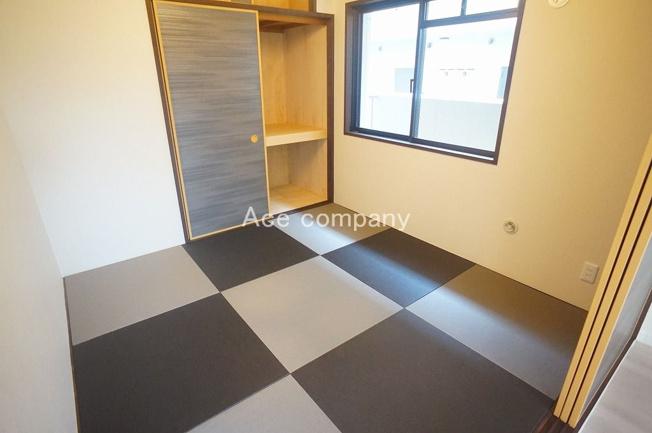 【和室】お洒落な琉球畳の和室です♪