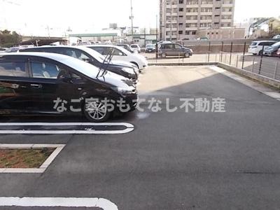【駐車場】ラ・フォンテⅠ