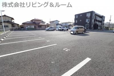 【駐車場】ラ・ルーチェ A棟