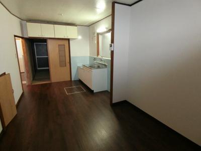 【居間・リビング】北条6丁目戸建貸家