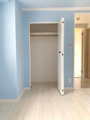 各居室に収納がございます。
