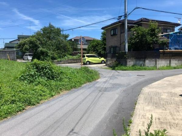 【前面道路含む現地写真】水戸市中丸町 売地 133坪