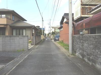【前面道路含む現地写真】熊谷市見晴町 1800万 土地