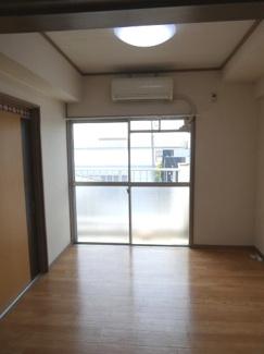 【居間・リビング】高浜市碧海町5丁目 店舗アパート