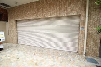 【駐車場】六甲一番館