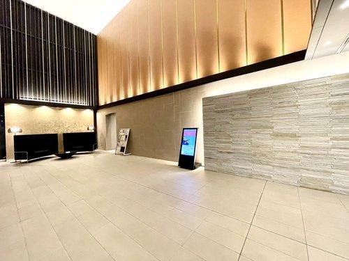 【ロビー】シティータワー国分寺ザ・ツインイースト 3LDK 32階