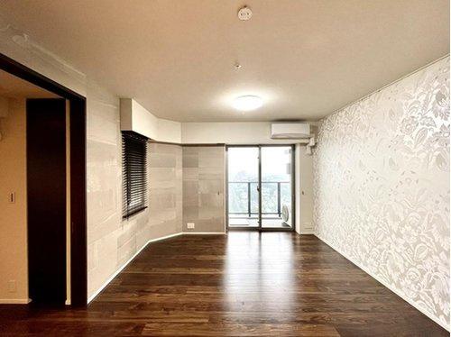 【居間・リビング】シティータワー国分寺ザ・ツインイースト 3LDK 32階