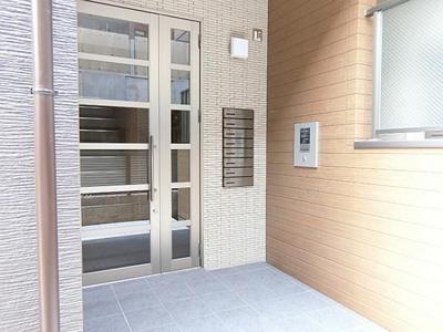【エントランス】堺市駅8分!満室稼働中の一棟アパート
