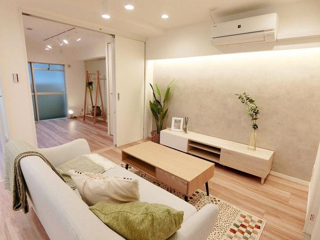 新規リノベーション済みにつき快適に新生活のスタートができます 新生活に嬉しい家具付、エアコン付販売です