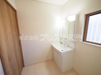 トイレ施工例/温水洗浄便座を標準装備!