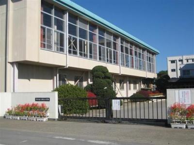 神谷小学校850m