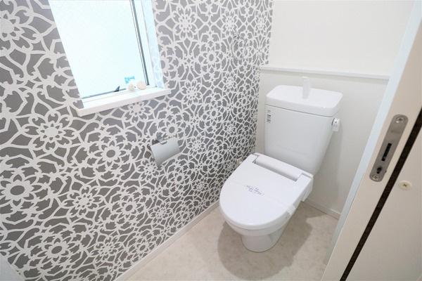 【トイレ】 2階にもウォシュレット付きトイレがあります♪