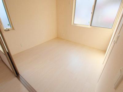 【寝室】ホワイトリリー