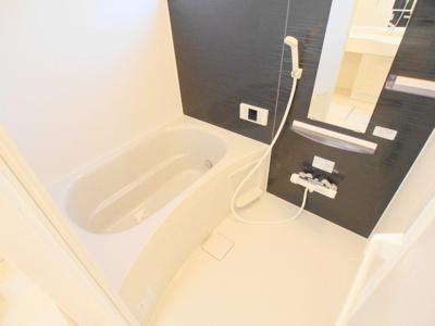 【浴室】ホワイトリリー