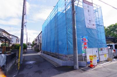 【前面道路含む現地写真】越谷市平方新築戸建て4LDK