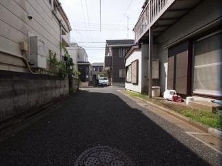 理想的な住宅地に位置。車通りもほとんどなく安心です。