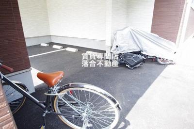 駐車場・駐輪場完備