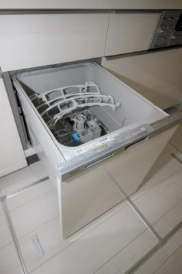 キッチンには食洗器がついています。