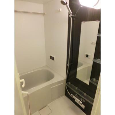 浴室TV、追焚、浴室換気乾燥機付きです