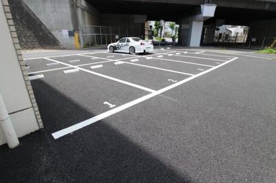 【駐車場】ナビオ神戸