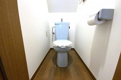 《1Fトイレ》トイレが2ヶ所にあると、どちらかが故障した時に大変助かります。あってよかった!(*´▽`*)