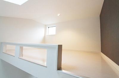 大型ロフトは寝室として利用可能