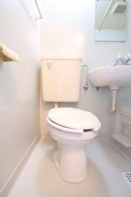 【トイレ】ハウス虹