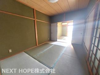 2階続き和室です♪フスマをオープンにしていただくと12帖の広々空間になります!ぜひ現地でご覧ください(^^)お気軽にネクストホープ不動産販売までお問い合わせを!!
