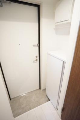 シューズボックスがあり、玄関は広く使えますよ