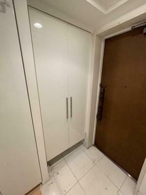 【玄関】アリビオーレ神楽坂